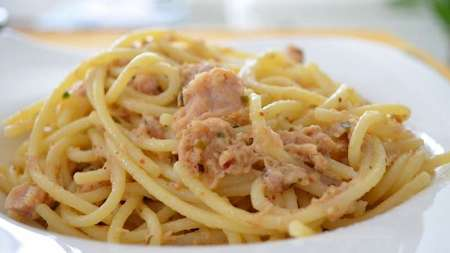 pasta with tuna, a great dish indeed