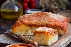 sfincione, Palermo style pizza