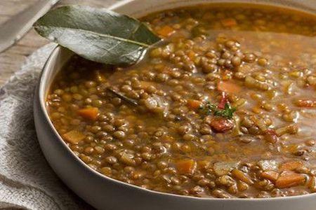 uplifting lentil soup, zuppa di lenticchie