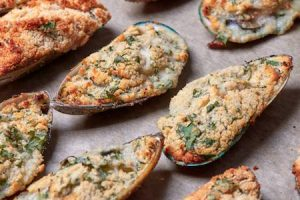 cozze gratinate, filled mussels